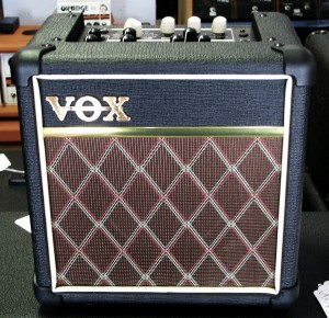 Vox Mini5 Rythm Blk Front